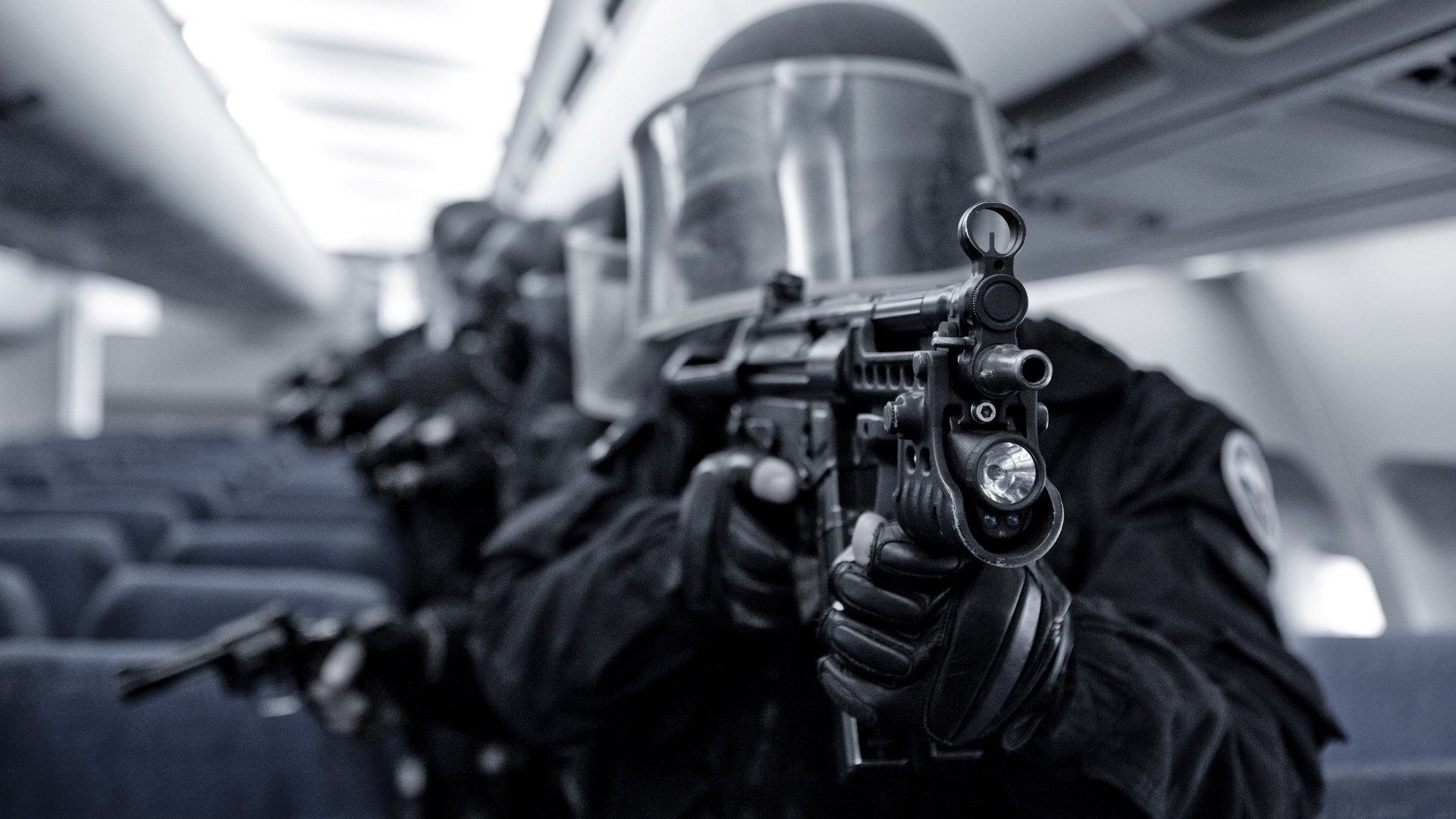 Swat-Assault-Team-1080p-Desktop-Wallpaper